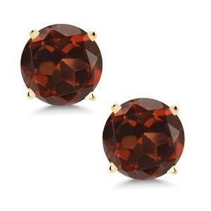 Jewelry - Genuine 14 K Garnet Solid Gold Stud Earrings